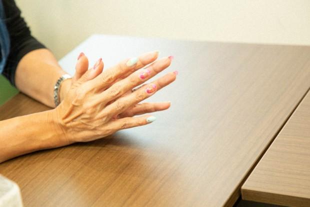 ブル中野さんの手